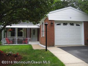 38 Bowie Dr, Whiting, NJ 08759
