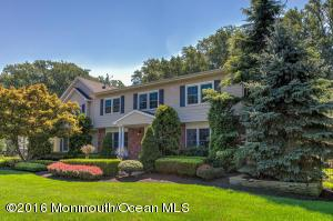 50 Heights Ter, Middletown, NJ 07748