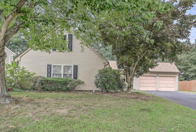 33 Winsted Dr, Howell, NJ 07731