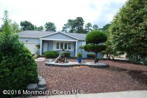 2 Westport Dr, Toms River, NJ 08757