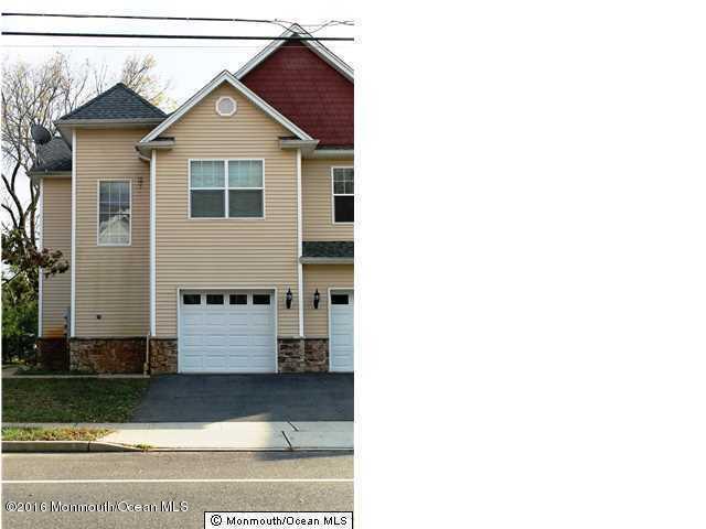 100 Pine St #1, Lakehurst, NJ 08733