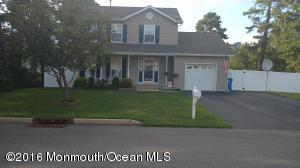 641 Amsterdam Ave, Toms River, NJ 08757