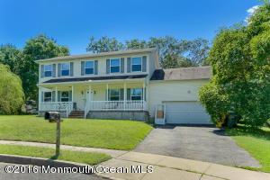 1178 Mackenzie Ct, Lakewood, NJ 08701