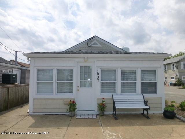 1613 NW Central Avenue, Seaside Park, NJ 08752