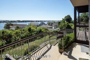 22 Gateway Villas #C, Highlands, NJ 07732