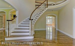 13 Conover Lane, Rumson, NJ 07760