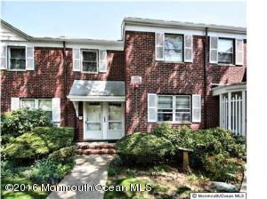 67 Manor Dr, Red Bank, NJ 07701