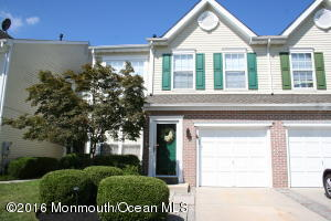 17 Stokes Rd, Mount Laurel, NJ 08054