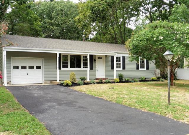 842 Bartlett Pl, Toms River, NJ 08753