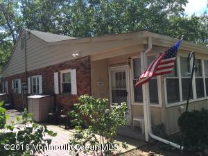 17 Cedar St #B, Toms River, NJ 08757