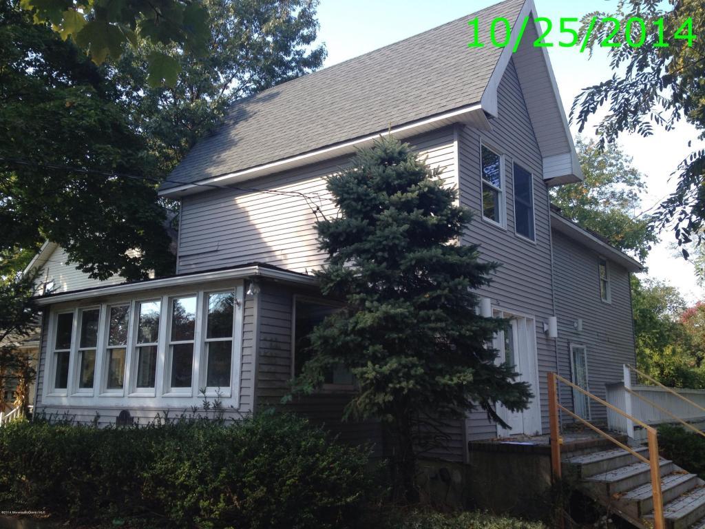 1 Hendrickson Place, Fair Haven, NJ 07704