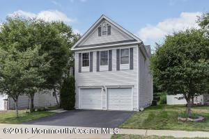 7 Palisades Rd, Old Bridge, NJ 08857
