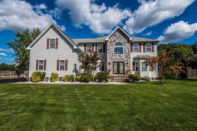 1208 Royal Sire Ct, Toms River, NJ 08755