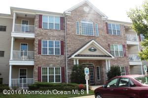134 Sophee Ln #134, Lakewood, NJ 08701