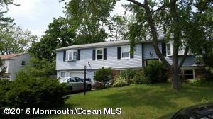348 Colonial Dr, Toms River, NJ 08755