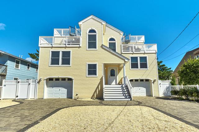 115 E 28th St #A, Long Beach Township, NJ 08008