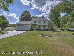 495 Tennent Rd, Manalapan, NJ 07726