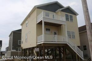33 Fielder Avenue, Seaside Heights, NJ 08751