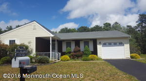 3 Ashley Ct #63, Whiting, NJ 08759