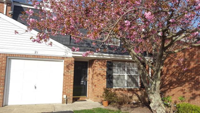 21 Magnolia Dr, Spring Lake, NJ 07762
