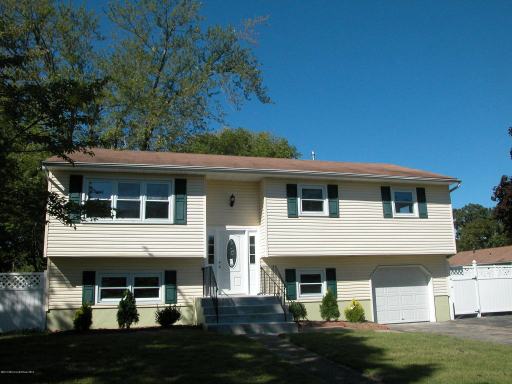 920 Bow Rd, Toms River, NJ 08753