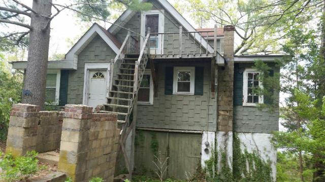 1701 Birmingham Ave, Toms River, NJ 08757