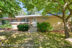 1 Woodland Rd, Bayville, NJ 08721
