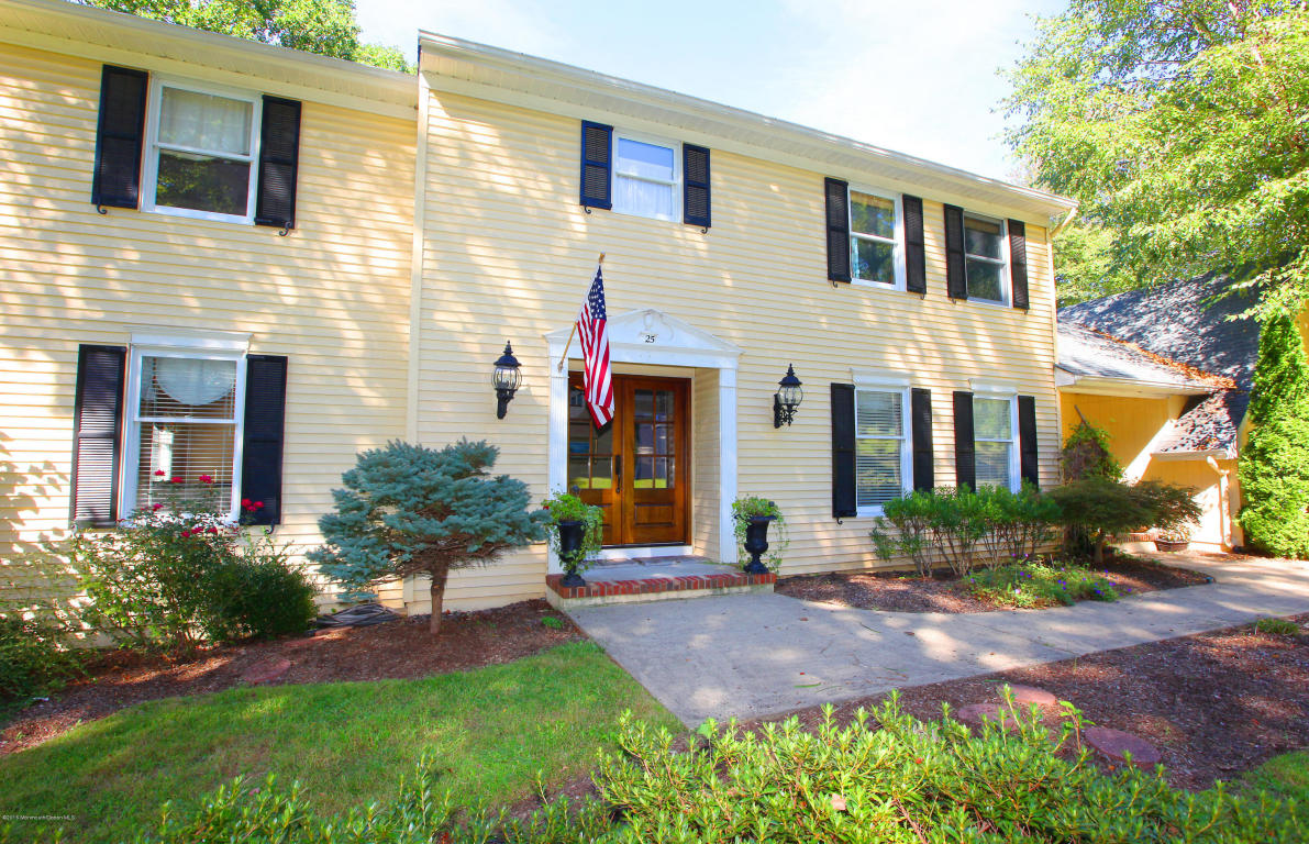 25 Constitution Drive, Middletown, NJ 07748