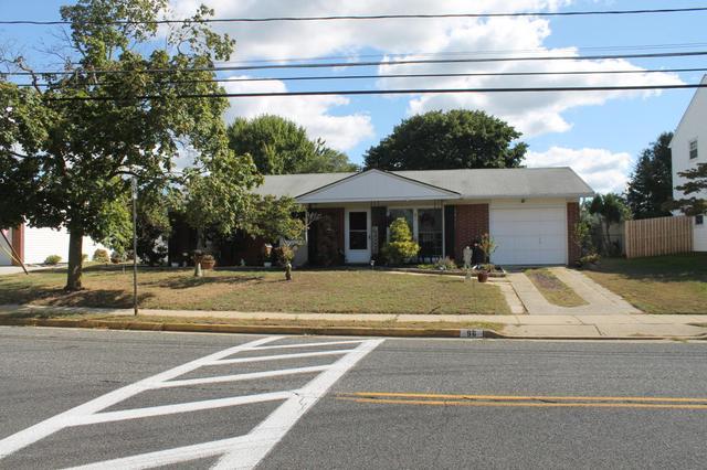96 Monmouth Rd, Monroe, NJ 08831