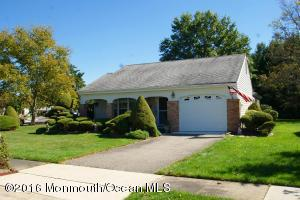 7 Saint Paul Pl, Manchester, NJ 08759