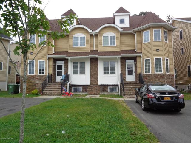 287 Dewey Ave, Lakewood, NJ 08701