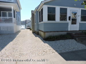 194 3rd Avenue, Manasquan, NJ 08736
