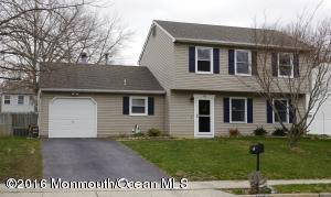 193 Liberty Bell Rd, Toms River, NJ 08755