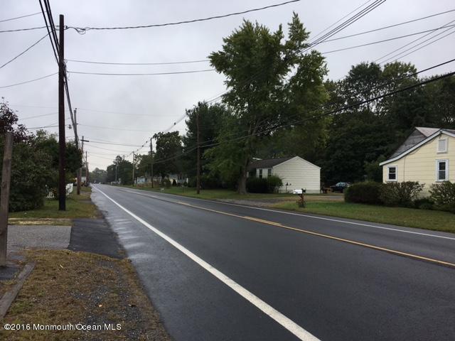 73 Jacobstown Road, New Egypt, NJ 08533