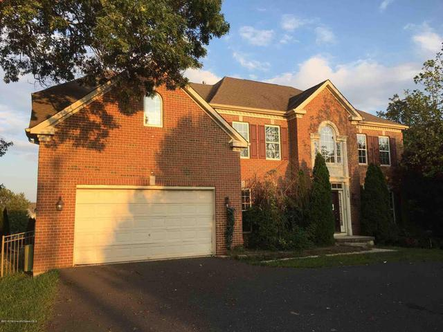 689 Clifton Ave, Toms River, NJ 08753
