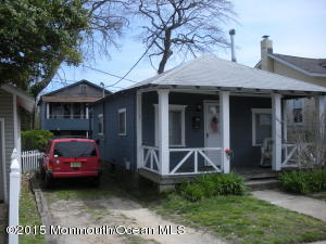 1802 Laurel Ter, Lake Como, NJ 07719