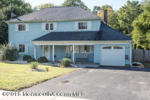 13 Hampton Dr, Jackson, NJ 08527