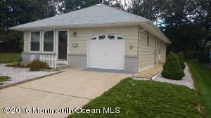 23 Mount Logan Ave, Toms River, NJ 08753