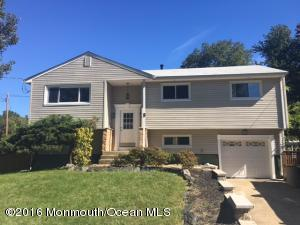8 Crescent Pl, Hazlet, NJ 07730