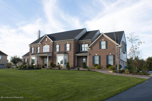 18 Ridgeview Way, Allentown, NJ 08501