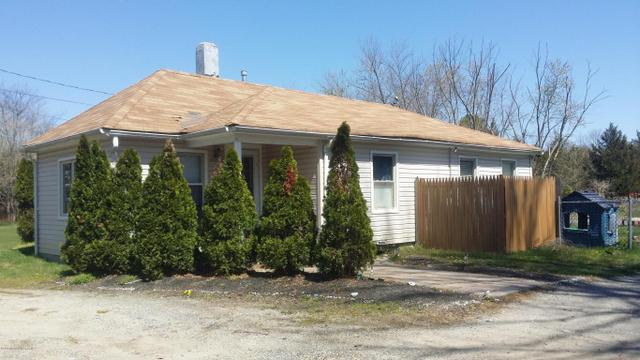 29 Ford Rd, Howell, NJ 07731