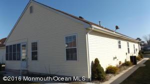 36 Portsmouth Drive, Toms River, NJ 08757