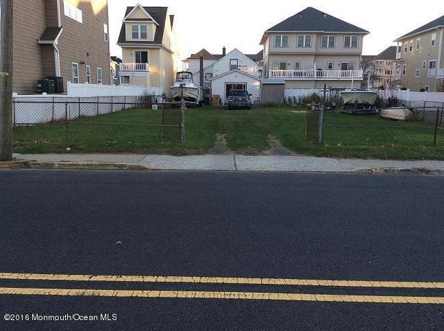 40 Seaview Ave, Long Branch, NJ 07740