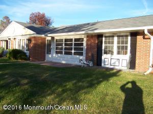 353 Dorchester Dr #100D, Lakewood, NJ 08701