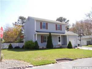 1017 Tampa Rd, Forked River, NJ 08731