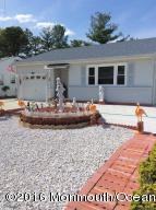 122 Northumberland Dr, Toms River, NJ 08757