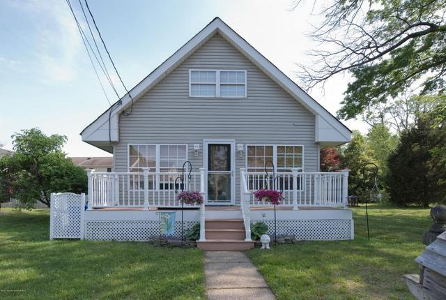 414 Aumack Ave, Union Beach, NJ 07735