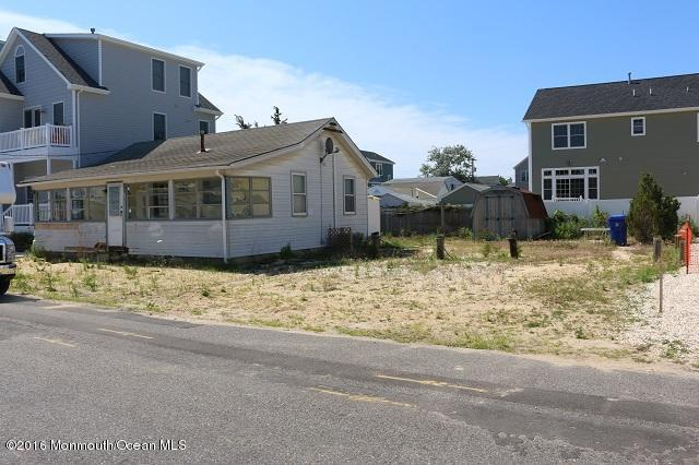 113 Fort Ave, Seaside Heights, NJ 08751