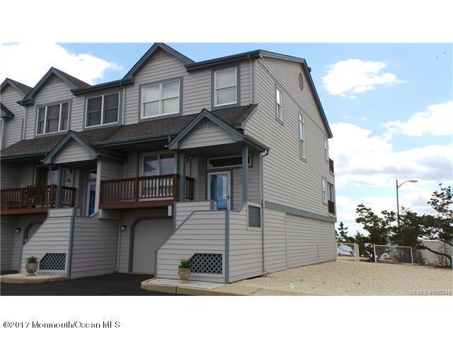 102 E Mariners Pt, Little Egg Harbor, NJ 08087
