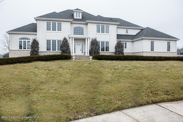 5 Colts Ct, Jackson, NJ 08527